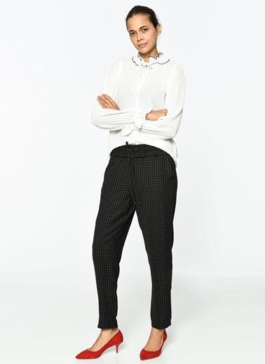 Yaka Detaylı Uzun Kollu Gömlek-Koton